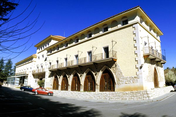 Hoteles en teruel alojamiento d nde dormir y relajarse for Hoteles en teruel con piscina